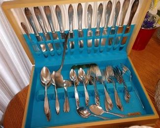 Kitchen/Dining Room:  Silverware