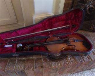 Vintage Violin in case