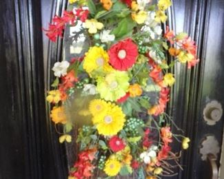 Door Flower arrangement
