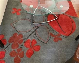 3. Charcoal and Red Wool Area Rug (5' x 8')