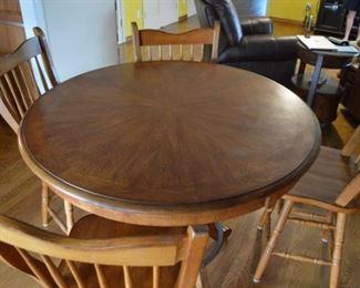 Oak breakfast table with 4 swivel chairs matches oak hutch