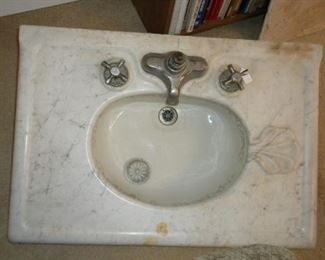 ANTIQUE MARBLE SINK FROM THE EAST COAST