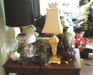 Various lamps.