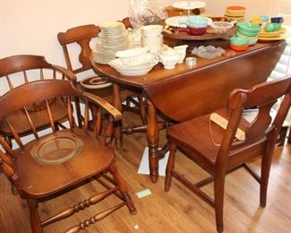 Drop leaf Dining table and 6 chairs