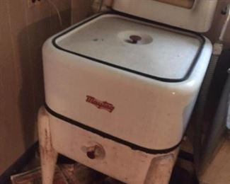 Antique Ringer Washing Machine