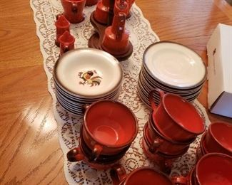 A set of Poppy Trail/California Pottery 'Rooster' Collection of Dishes