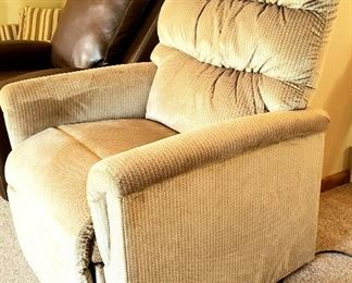 Almost new neutral shade lift chair