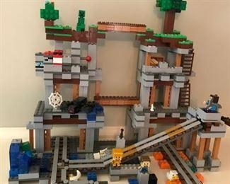 "Lego MineCraft, ""The Mine"" set #21118 retired"