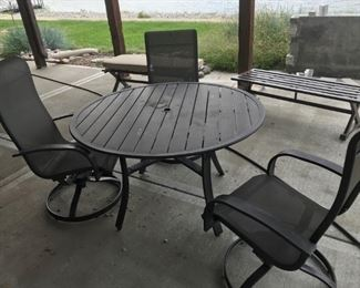 Round Patio table with 3 chairs