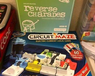 Educational Circuit Maze