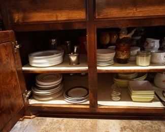 Chinaware and Pyrex. Bakeware.