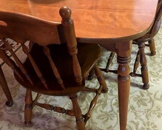 Really Nice Ethan Allen Dinette Set With 4 Chairs and 2 Leaves!...