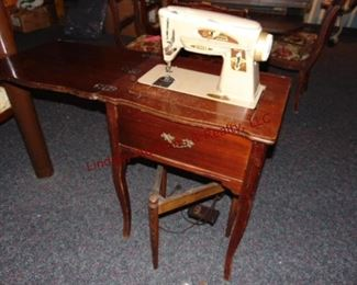 310 singer sewing machine