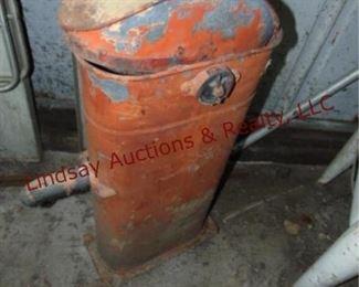 348 Vintage metal tank