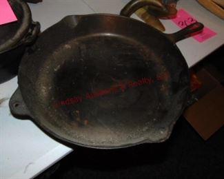 299 cast iron skillet
