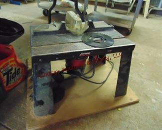 84 table top router