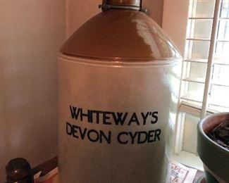 Whiteways Devon cyder crock