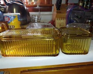 Beautiful Amber refrigerator dishes