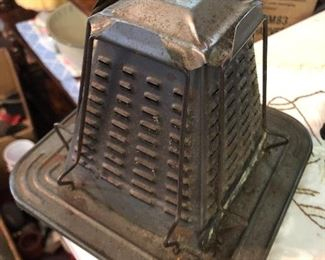 Antique open flame 4  slice toaster