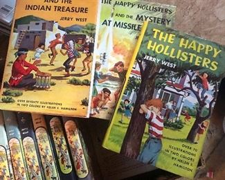 OLD VINTAGE ANTIQUE LOT SET OF 15 THE HAPPY HOLLISTERS JERRY WEST CHILDRENS MYSTERY