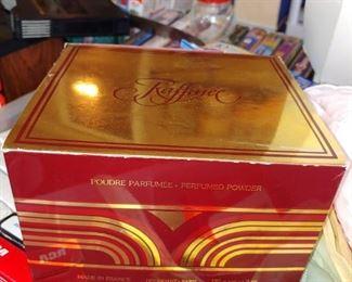 Raffinee by Dana perfumed dusting powder made in France