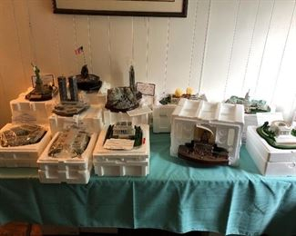 Large collection of Danbury Mint Great Building of the U. S.  All with original boxes and paperwork, never displayed before
