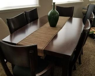 Contemporary dining set with leaf