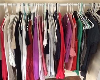 tons of name brand clothing