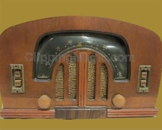 1930's console radio