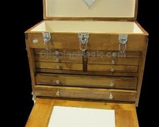 Windsor Design oak tool chest