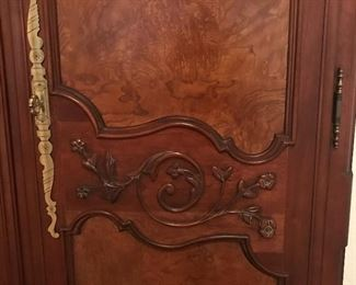 Detail on armoire