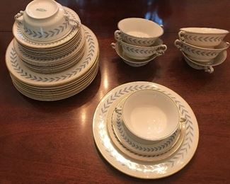 Syracuse China - Sherwood pattern - Old Glory - 4 piece place setting - service for 8