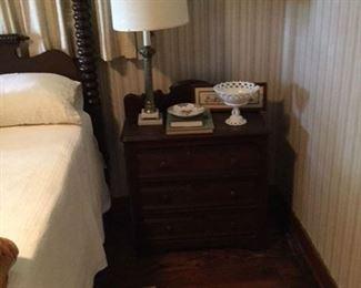 walnut Victorian 3 drawer washstand