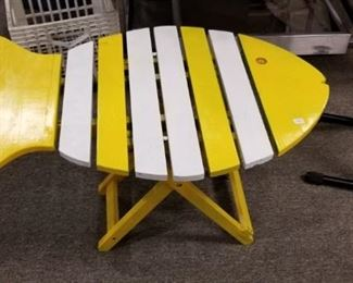 FOLDING FISH TABLE (COOL)