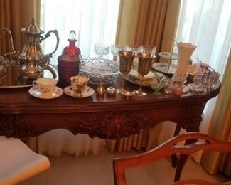 table in dining room dark wood