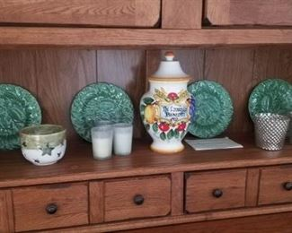 beautiful china and decorative pieces