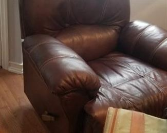 leather chocolate brown recliner
