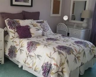 queen bedroom white wicket set with all bedding and decor