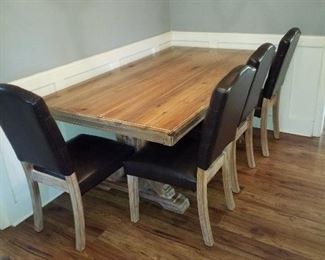 Nice dining room table with 4 chairs