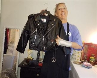 7 t biker jacket