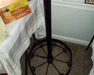 Bottom of steampunk lamp