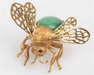 1: 18K Jadeite and Ruby Bee Brooch