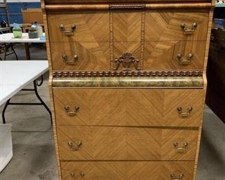 Art Deco dresser chest