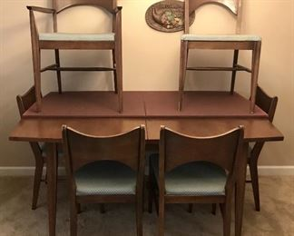 Saga By Broyhill Dining Table with Six Chairs, Leaves & Pads