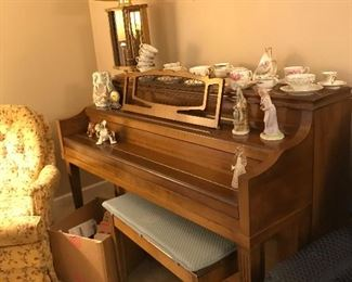 Conway Piano, Vintage Tea Cups