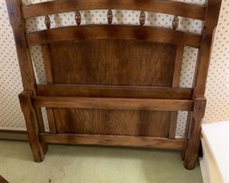 #3Twin Wood Frame w/rails w/spindle in top   $60.00