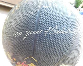 NCAA Commentative Basketball