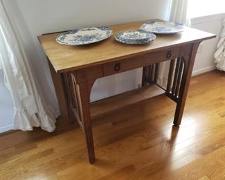 Misson Style Table