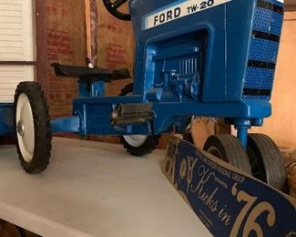 Ford TW-20 pedal tractor with trailer