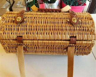picnic basket - there are several picnic baskets in this sale!